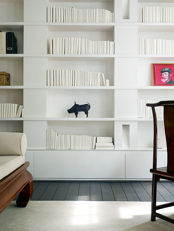 bedroom-library-in-white