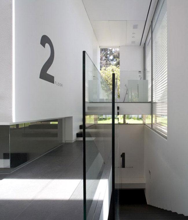 corridor-stairs