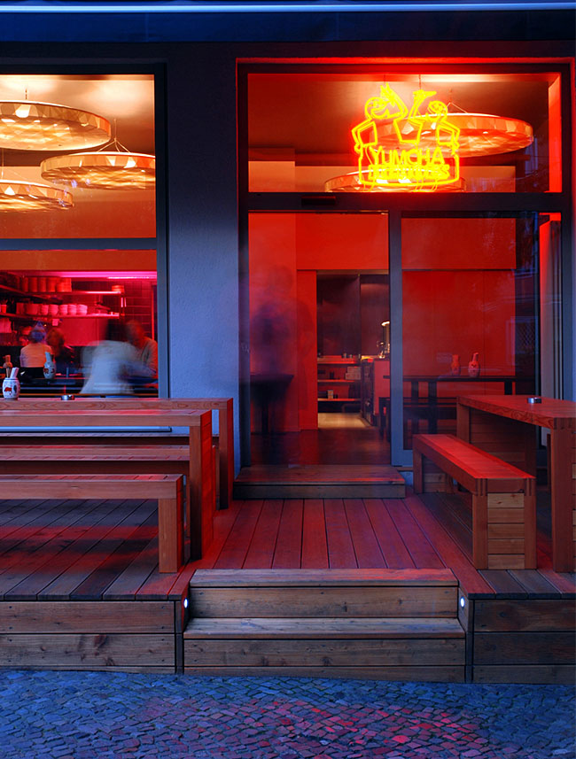 exterior-restaurant