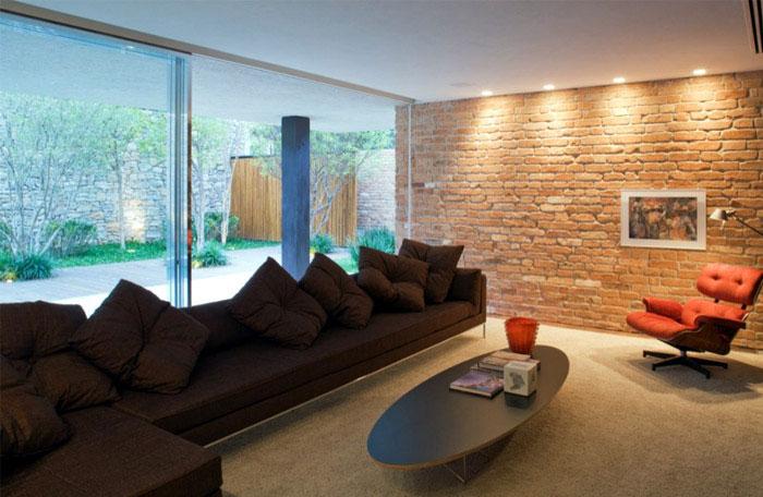 brick house livingroom