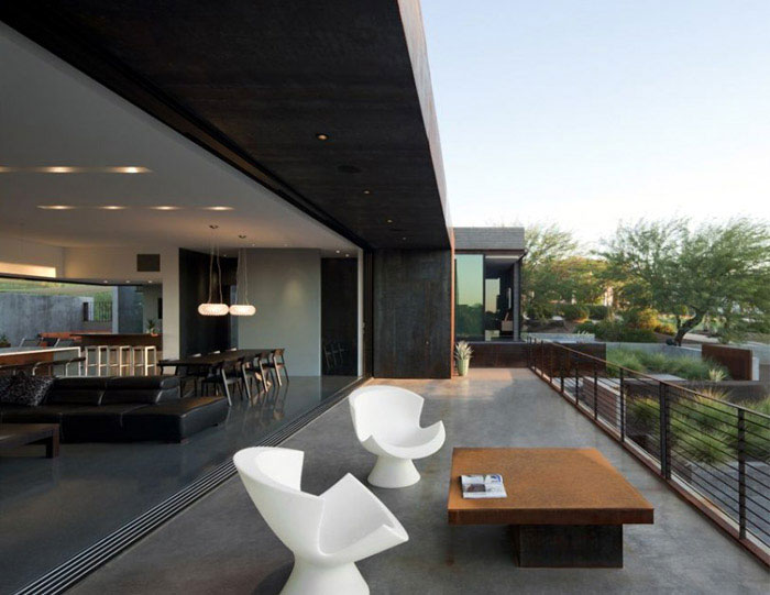 exterior yerger residence