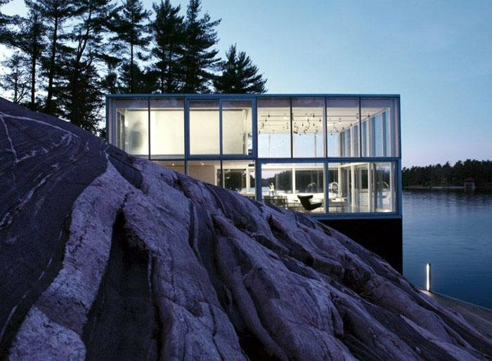 rchetypal glass house