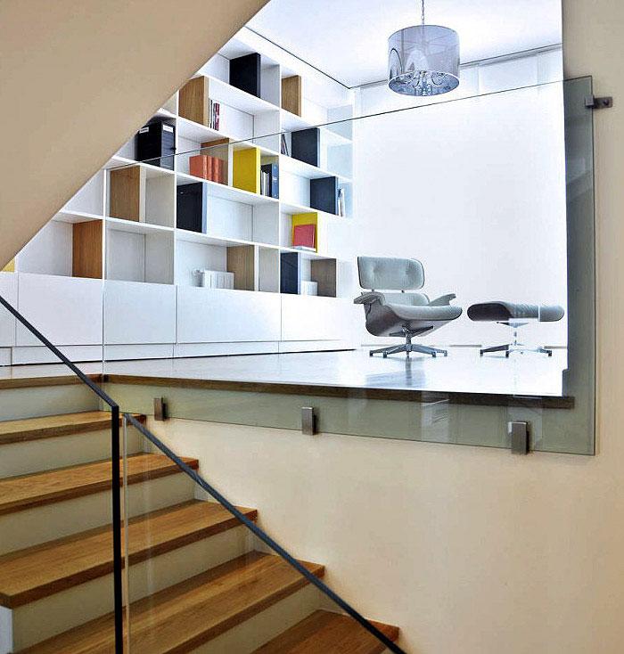 modern white livingroom interior1