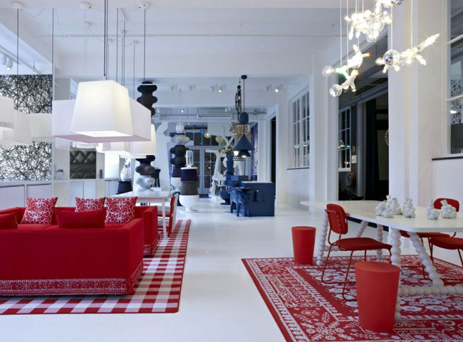 interior design trends red white blue