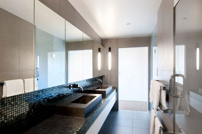 modern family home bathroom