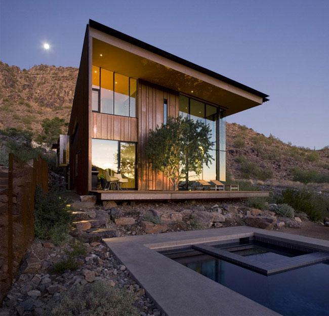 desert house outdoor pool