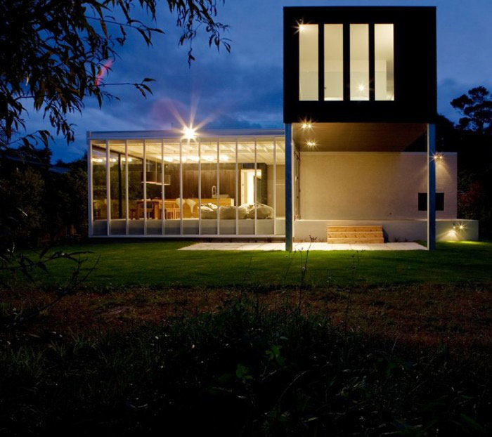 modern holiday house outdoor