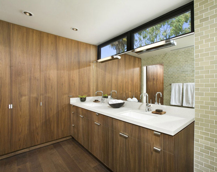 stylish house bathroom