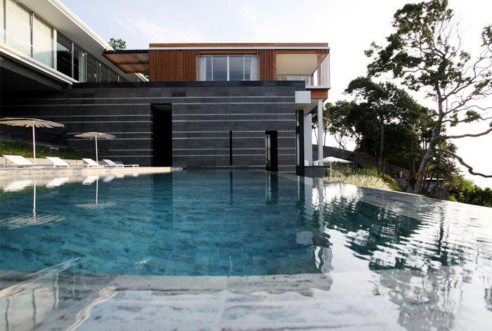 luxury villa mayavee phucket pool area