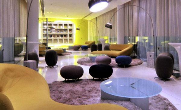 oasis club interior laung area