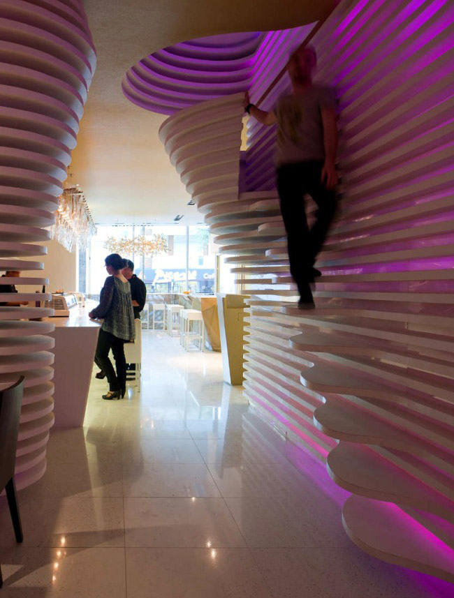sushicafé avenida interior design