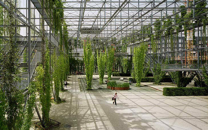 green wall park 1