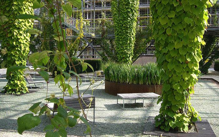 green wall park 3