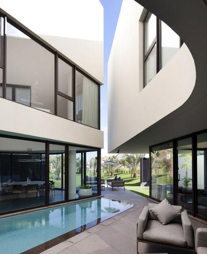 family residence pool