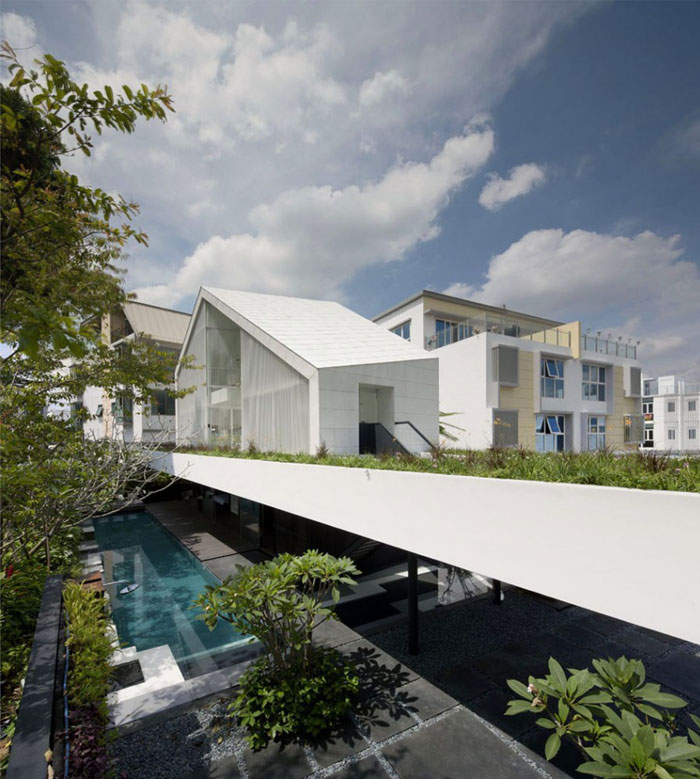 stylish house singapore pool