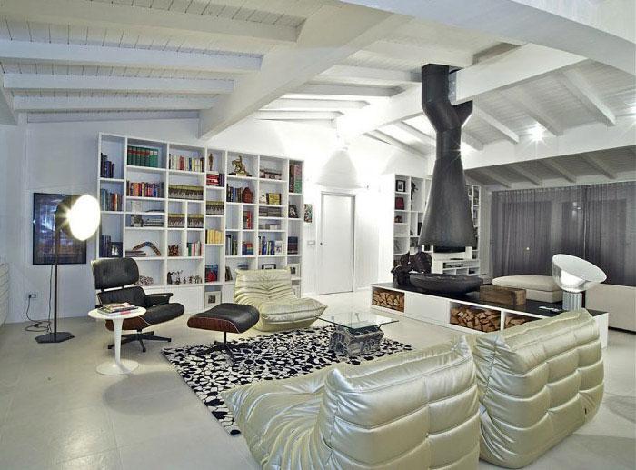 italian penthouse living area decor