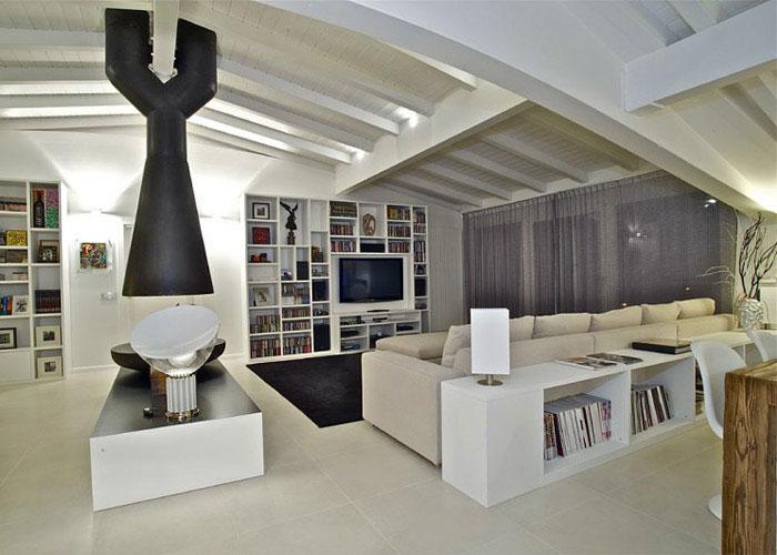 italian penthouse living area5