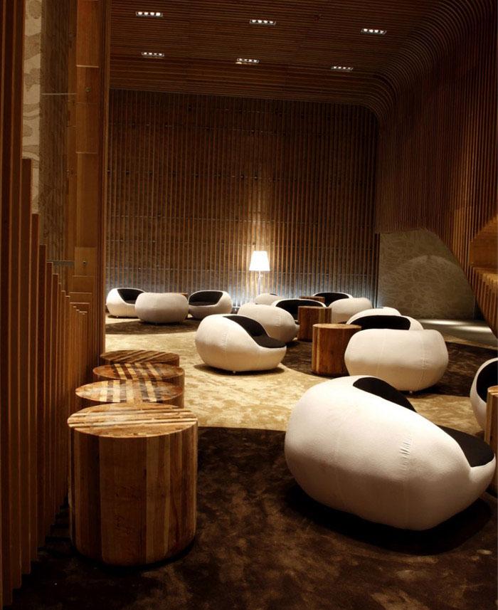 woody room