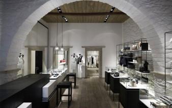 boutique interior decor 338x212