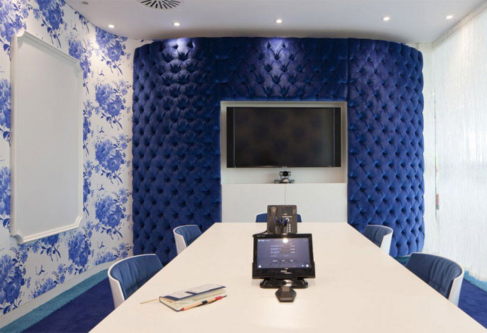 offices interior decor blue
