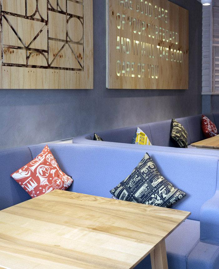 cribbar surf bar decor