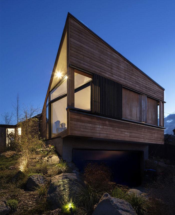 compact form villa