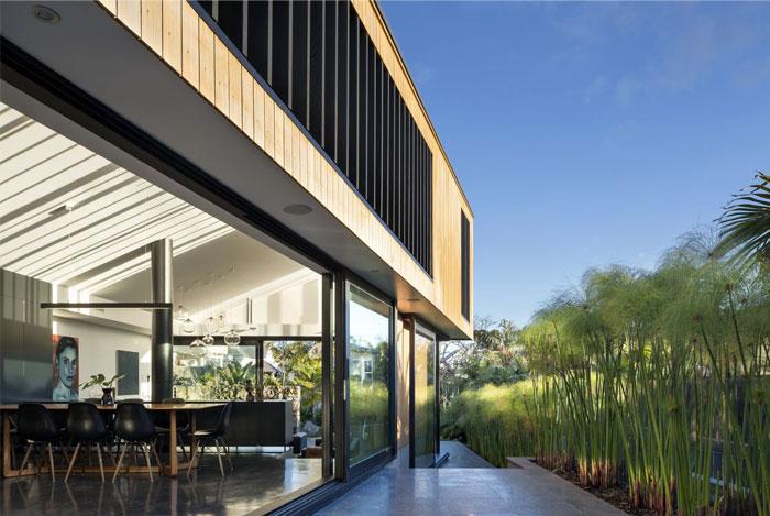 s house pool area