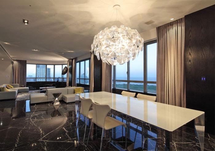 apartment-torres-del-faro-dining-area