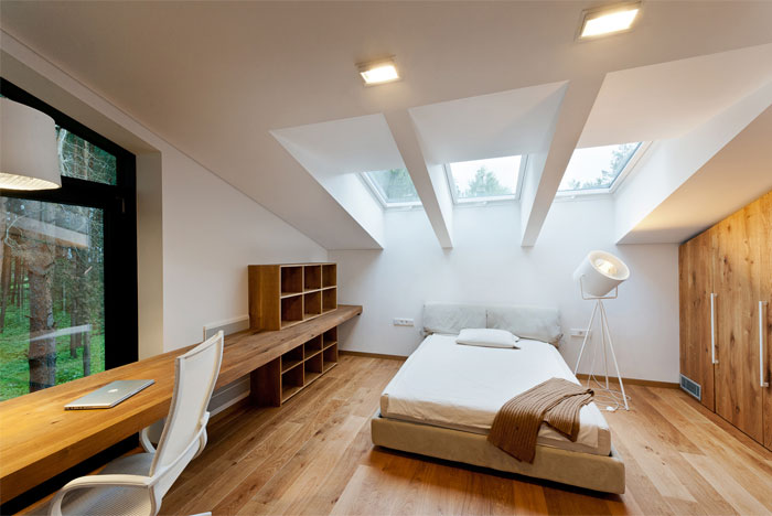 glass-rusted-steel-house-bedroom