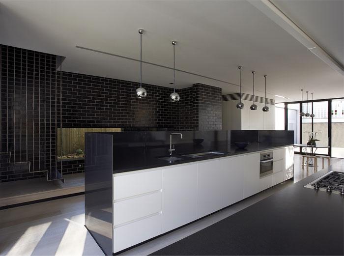 glazed-black-kitchen-decor