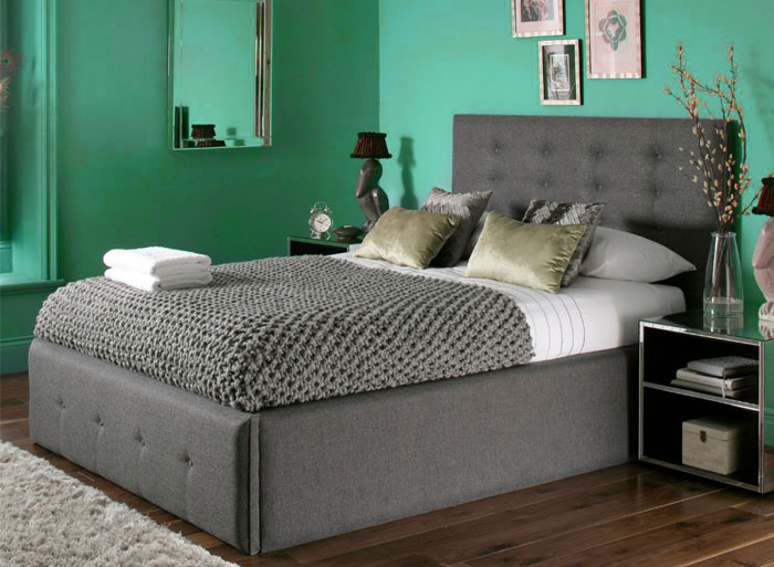 green-bedroom
