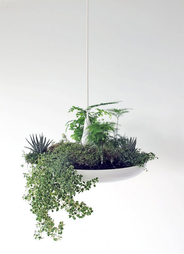 light-fixture-garden