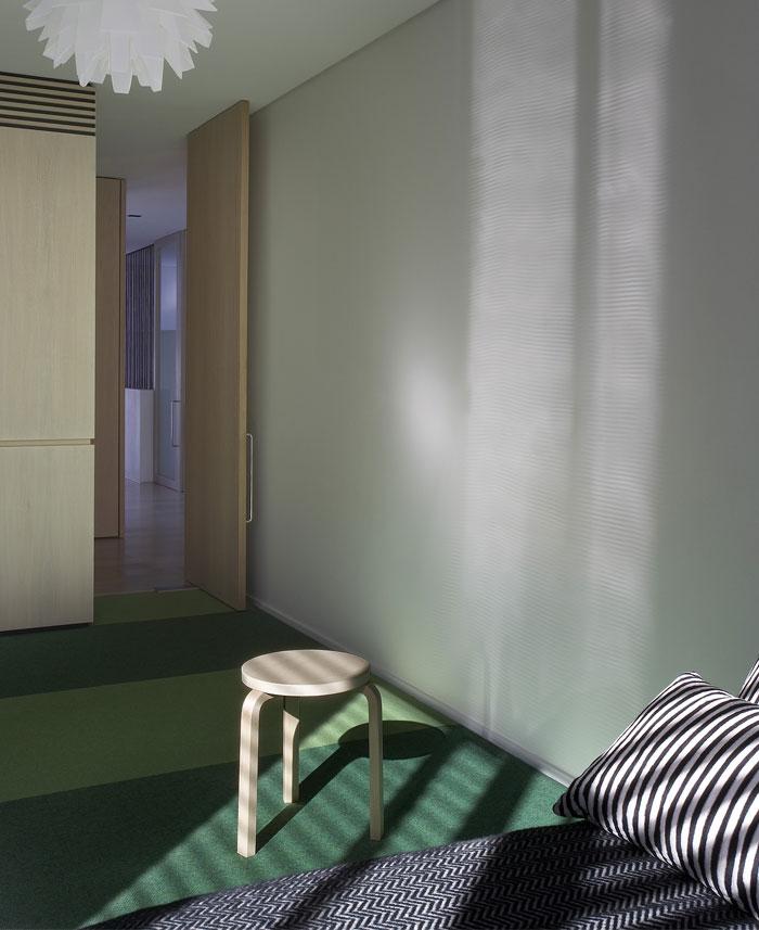 steel-constructed-house-bedroom