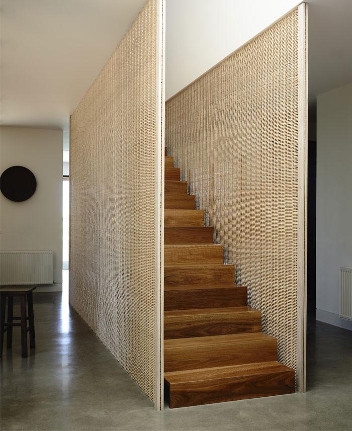 beach-house-stairs