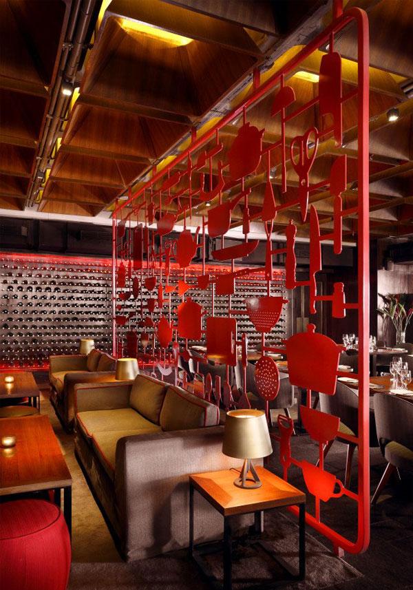 restaurant-amazing-red-decor2