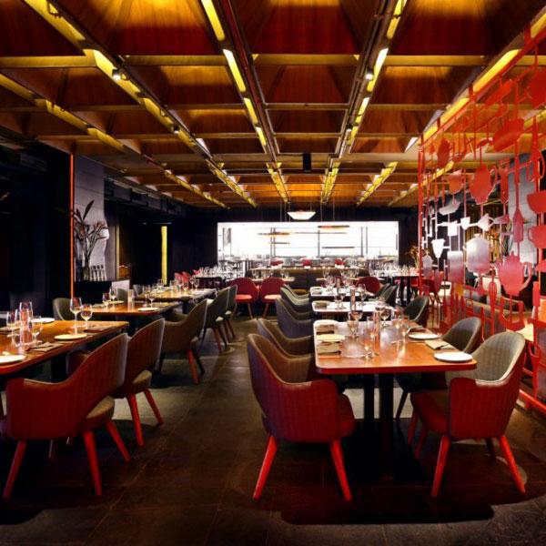 restaurant-amazing-red-decor6