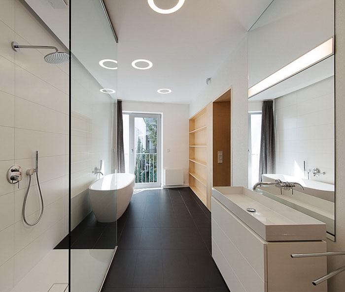 elegant-interior-duplex-apartment-bathroom