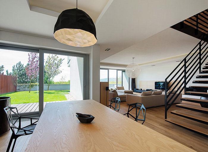 elegant-interior-duplex-apartment-dining-area
