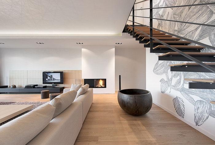 elegant-interior-duplex-apartment-staircase
