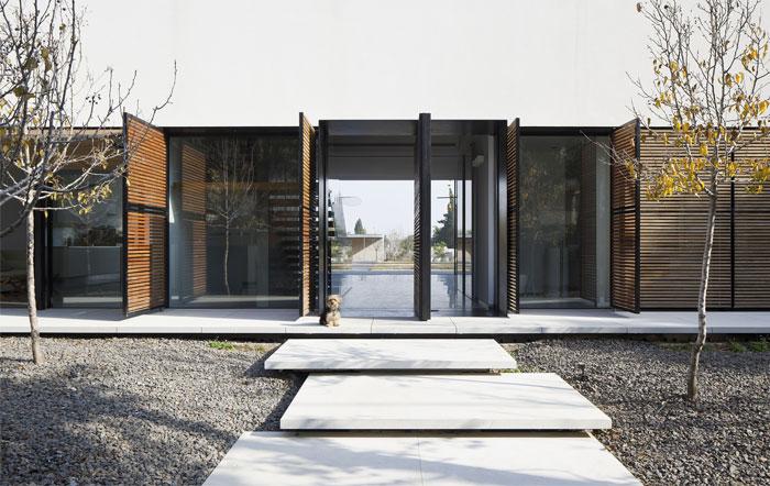 family-residence-6