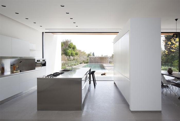 family-residence-kitchen-interior