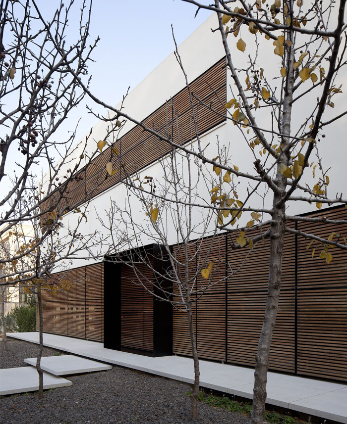 family-residence-outdoor