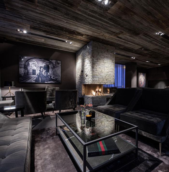 interior-decor-fireplace-bar-lounge-area