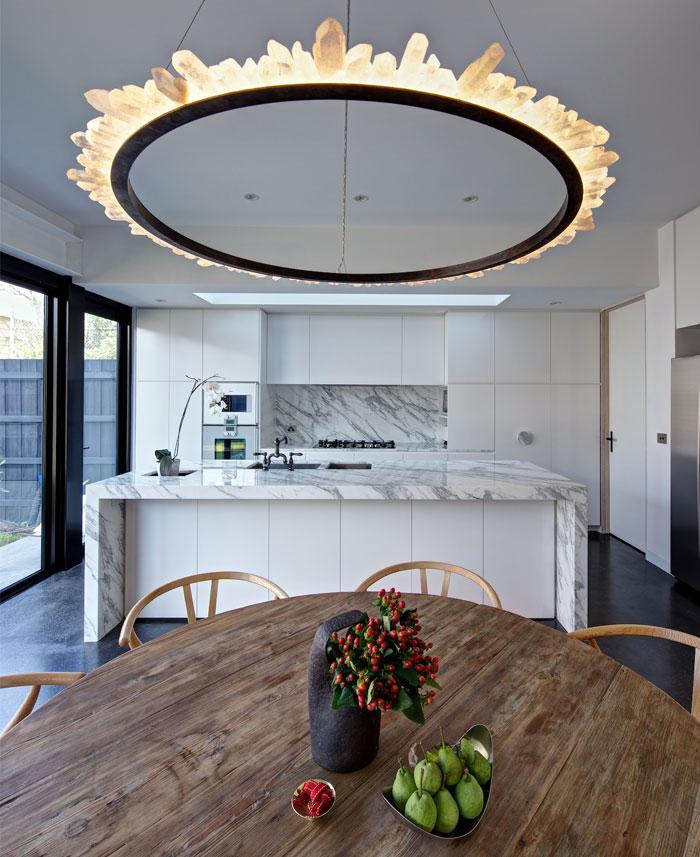 natural-materials-kitchen-decor