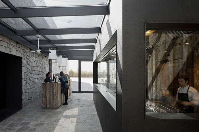 contemporary-space-rustic-decor9