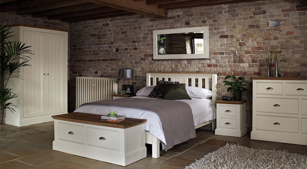 oak furniture bedroom interior2