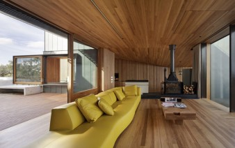timber lined interior living room9 338x212