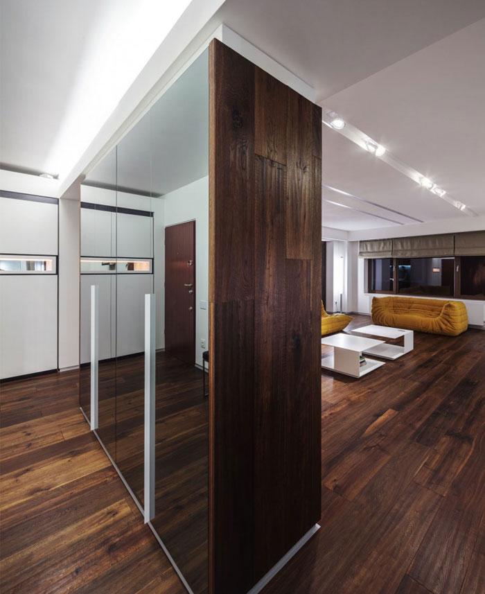 contemporary-designed-apartment-wooden-flooring