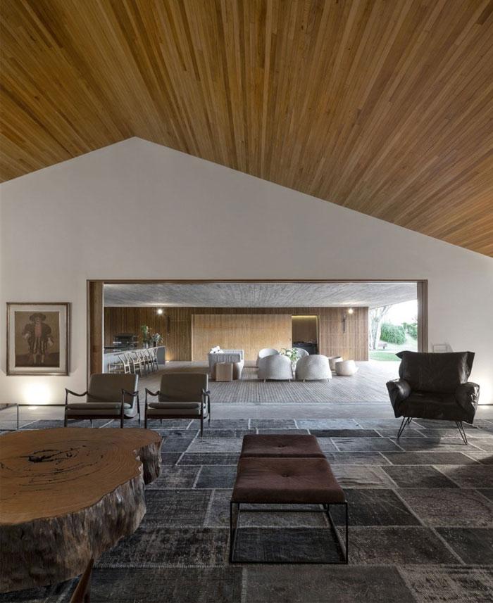 warm-interior-wood-decor1