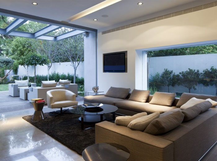 white-house-cosy-living-room